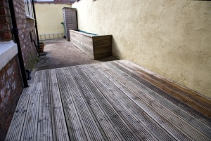 Decking Rased-Bed