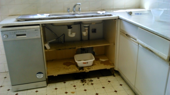 kitchen sink, work top, cabinet
